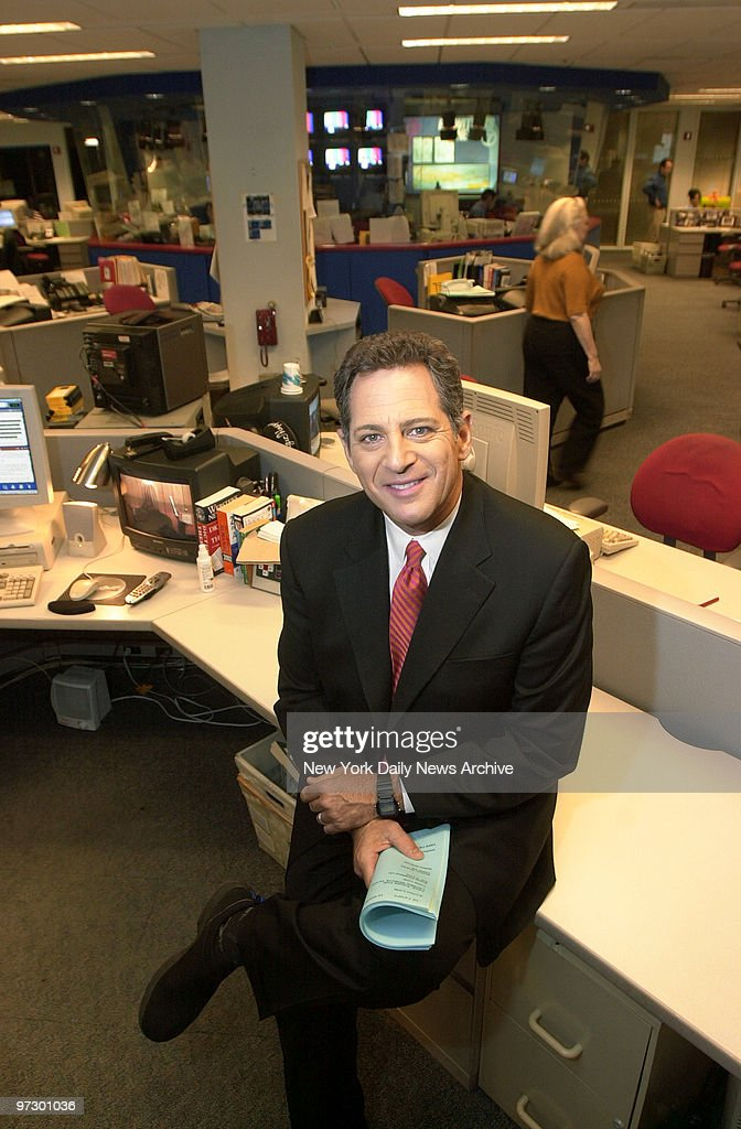 Channel 7 news anchor Bill Ritter in WABC's newsroom on W