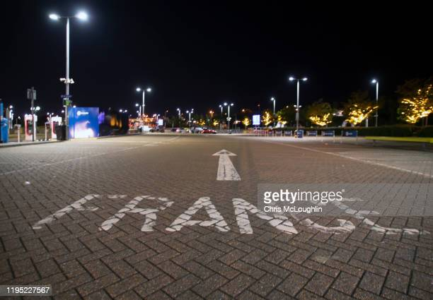channel tunnel terminal, uk - national border stock pictures, royalty-free photos & images