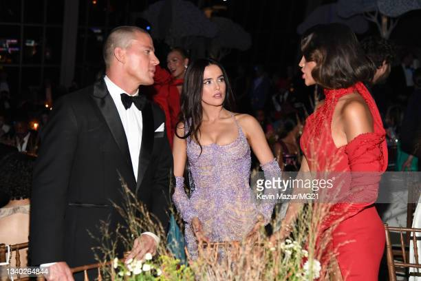 Channing Tatum and Zoey Deutch attend the The 2021 Met Gala Celebrating In America: A Lexicon Of Fashion at Metropolitan Museum of Art on September...