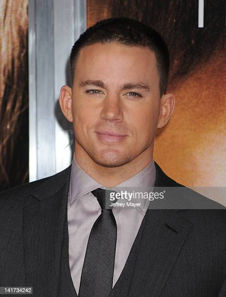 """Channing Tatum arrives at """"The Vow"""" Los Angeles Premiere at Grauman's Chinese Theatre on February 6, 2012 in Hollywood, California."""