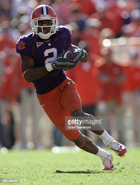 Chansi Stuckey of the Clemson Tigers runs the ball against the Florida State Seminoles during an Atlantic Coast Conference game on November 12 2005...