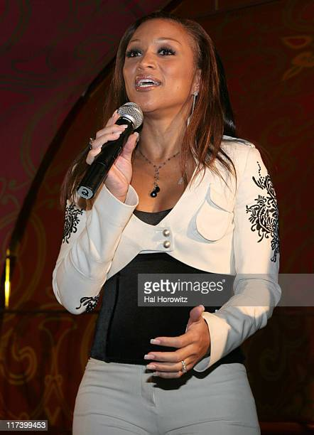 Chante Moore during Groovevoltcom Presents Kenny Lattimore and Chante Featuring Jeremiah Sponsored by Azzure and Hypnotic at Gyspy Tea Room in New...