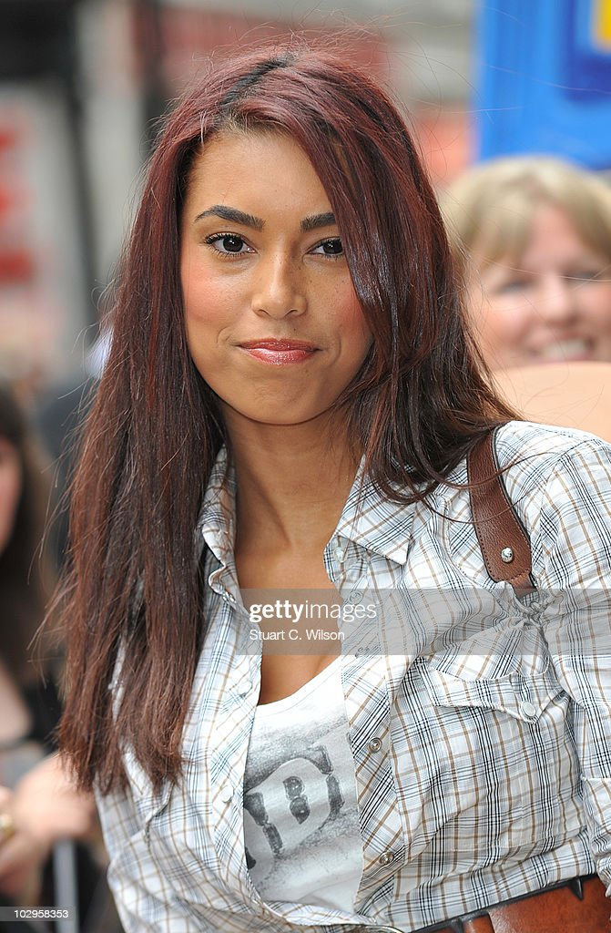 Toy Story 3 - UK Film Premiere: Outside Arrivals : News Photo