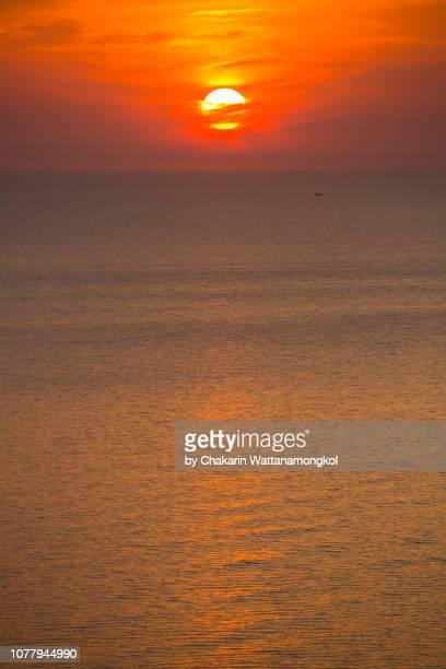 chanthaburi sea view - sunset over sea. (sunset backgrounds) - chanthaburi sea stock pictures, royalty-free photos & images