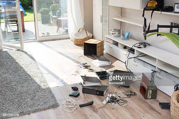 chaos after burglary in an one-family house - messy stock pictures, royalty-free photos & images