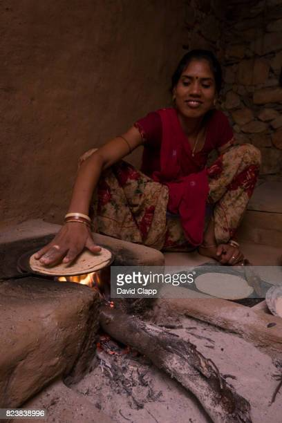 chapatis being made, udaipur, rajasthan, india - adults only stock pictures, royalty-free photos & images