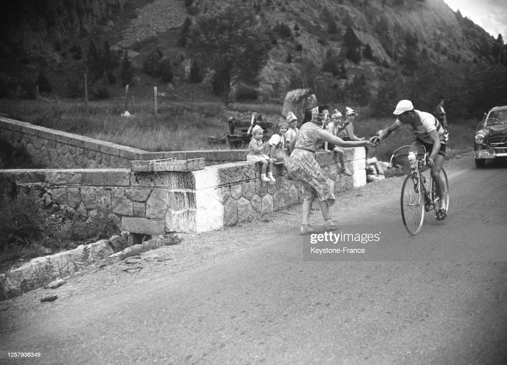 Tour de France 1957 : News Photo