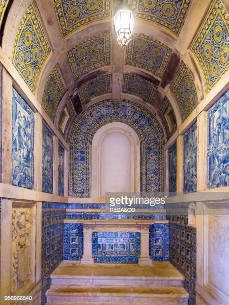 Chapel in the cloister Claustro de Cemiterio Capela dos Portocarreiros Convent of Christ Convento de Cristo in Tomar It is part of the UNESCO world...