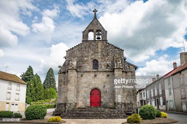 """chapel of arrier, """"chapelle de l'arrier"""", bourganeuf, creuse, france - capela - fotografias e filmes do acervo"""