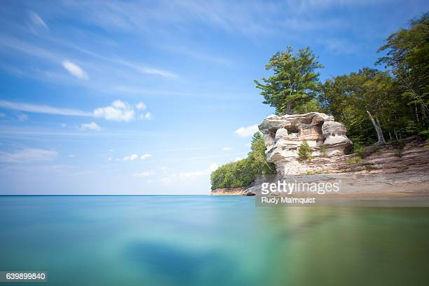 chapel rock along pictured rocks national lakeshore - munising michigan stock pictures, royalty-free photos & images