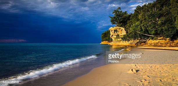 chapel rock beach - munising michigan stock pictures, royalty-free photos & images