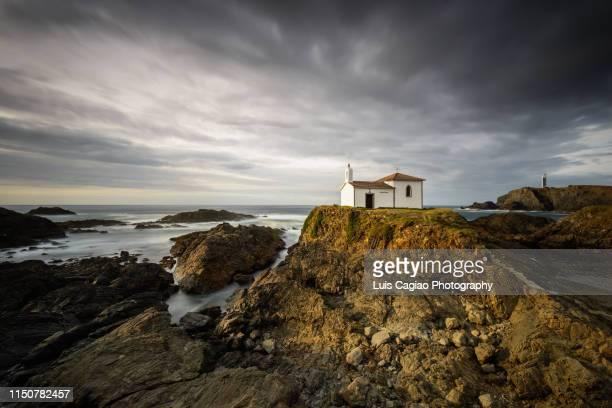 chapel virxe do porto - comunidad autónoma de galicia fotografías e imágenes de stock