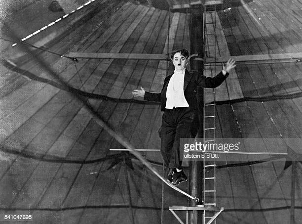 Chaplin Charlie Actor film director Great Britain *16041889 Scene from the movie 'The Circus' as tightrope artist Directed by Charles Chaplin USA...
