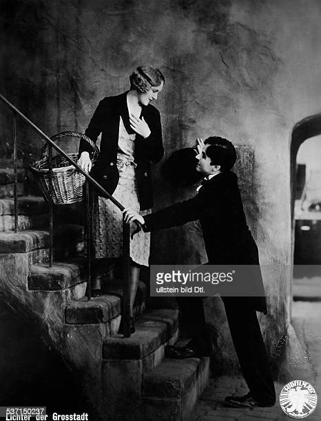 Chaplin Charlie Actor film director Great Britain Scene from the movie 'City Lights' with Virginia Cherrill Directed by Charles Chaplin USA 1931...