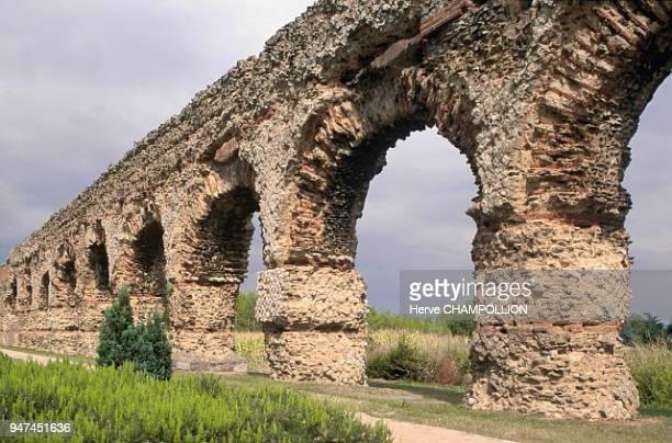 GalloRoman aqueduct in Gier Southwest of Lyon Chaponost Aqueduc galloromain de Gier au SudOuest de Lyon