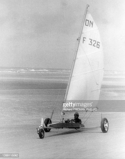 22 Char A Voile Photos And Premium High Res Pictures Getty Images
