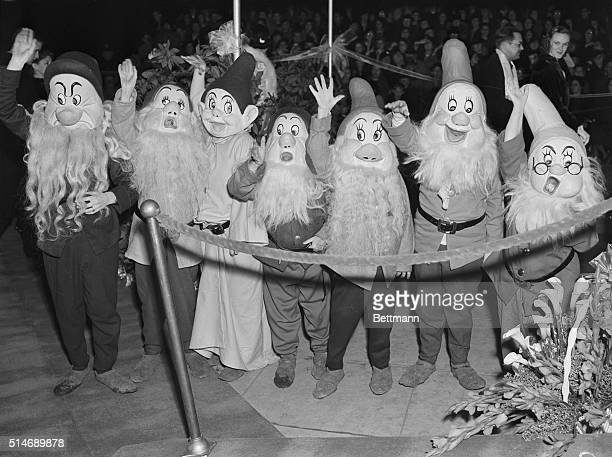 Characters at the premier of the 1937 film Snow White and Seven Dwarfs