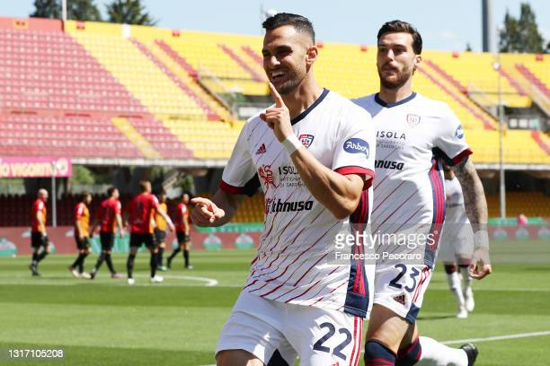 Charalampos Lykogiannis of Cagliari Calcio celebrates after scoring the 1-0 goal during the Serie A match between Benevento Calcio and Cagliari...