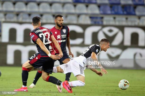 Charalampos Lykogiannis of Cagliari in action during the Serie A match between Cagliari Calcio and Juventus at Sardegna Arena on July 29, 2020 in...