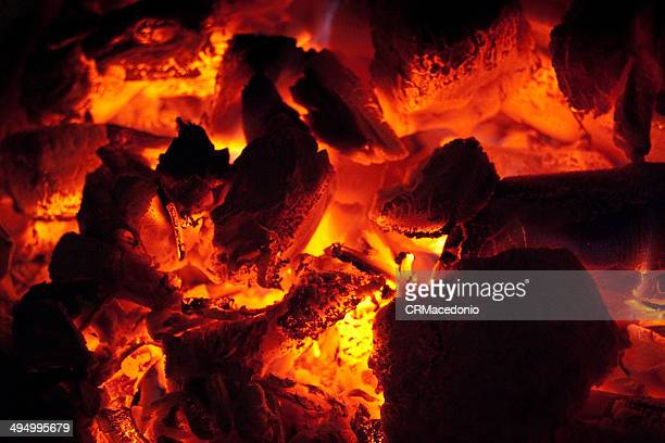 charcoal bbq in point - crmacedonio stock pictures, royalty-free photos & images
