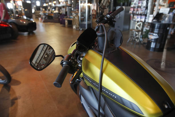UT: A Harley-Davidson Showroom & Repair Shop As Earnings Beat Estimates