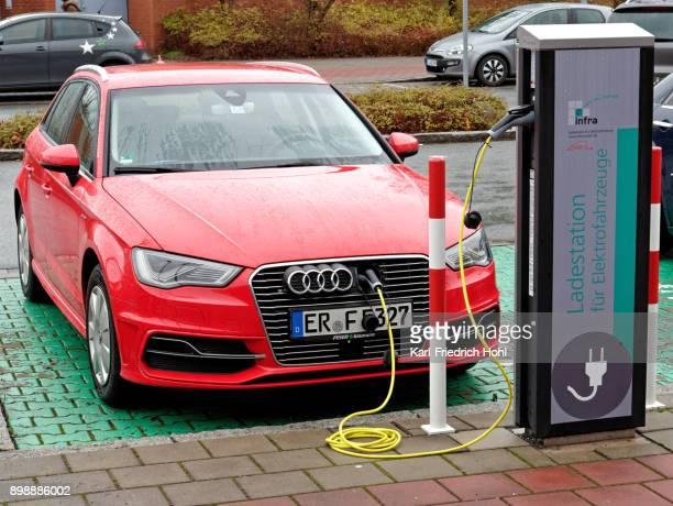 Charging an electric car - AUDI e-tron
