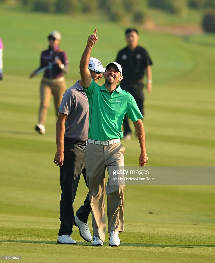 Charl Schwartzel of South Africa in action during round one of the Thailand Golf Championship at Amata Spring Country Club on December 6, 2012 in Bangkok, Thailand.