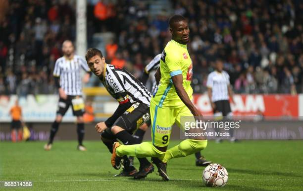 20171027 Charleroi Belgium / Sporting Charleroi v Kaa Gent / 'nStergos MARINOS Mamadou SYLLA'nFootball Jupiler Pro League 2017 2018 Matchday 13 /...