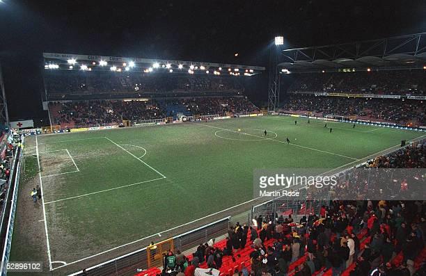 LAENDERSPIEL 2000 Charleroi/BEL TESTSPIEL BELGIEN PORTUGAL 11 STADE DU PAYS