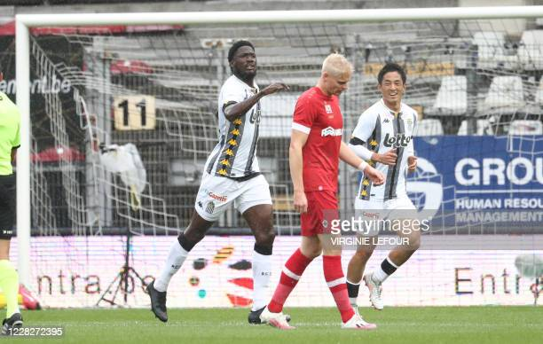 Charleroi's Shamar Nicholson celebrates after scoring during a soccer match between Sporting Charleroi and Royal Antwerp FC, Sunday 30 August 2020 in...