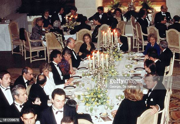 Charles and Diana Prince and Princess of Wales attend a dinner at the Chateau de Chambord during their official visit to France on November 9 1988 in...