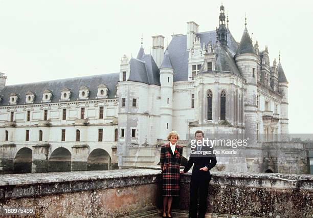 Charles and Diana Prince and Princess of Wales pose outside Chateau de Chambord during their official visit to France on November 9 1988 in Chambord...