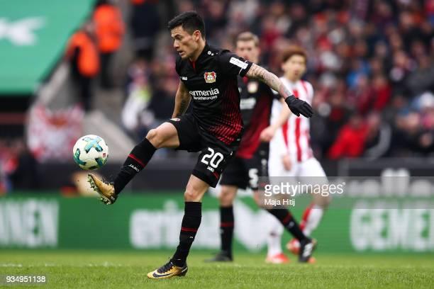 Charles Aranguiz of Bayer Leverkusen controls the ball during the Bundesliga match between 1 FC Koeln and Bayer 04 Leverkusen at RheinEnergieStadion...