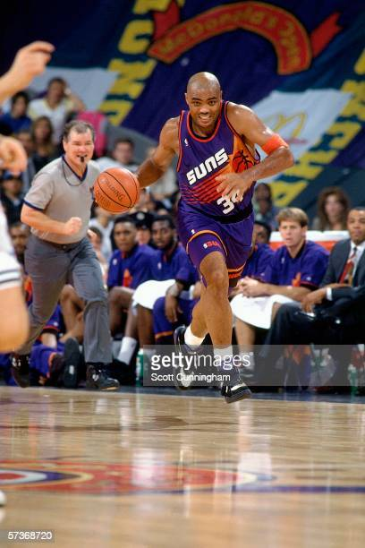 Charles Barkley of the Phoenix Suns drives the ball up court against Buckler Bologna during the 1993 McDonald's Open at the Olympiahalle on October...
