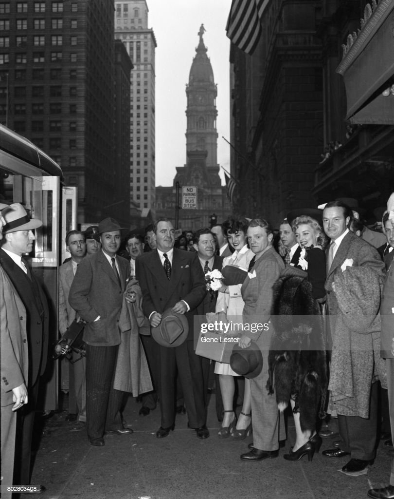 Charles Boyer;Pat O'Brien;Frank McHugh;James Cagney;Karin Booth;Bob Hope at the LA train station aka Union Station as part of the Hollywood Victory Caravan which was a group of stars who toured 13 US cities to raise funds for Army and Navy relief during WW2 in March 1942.