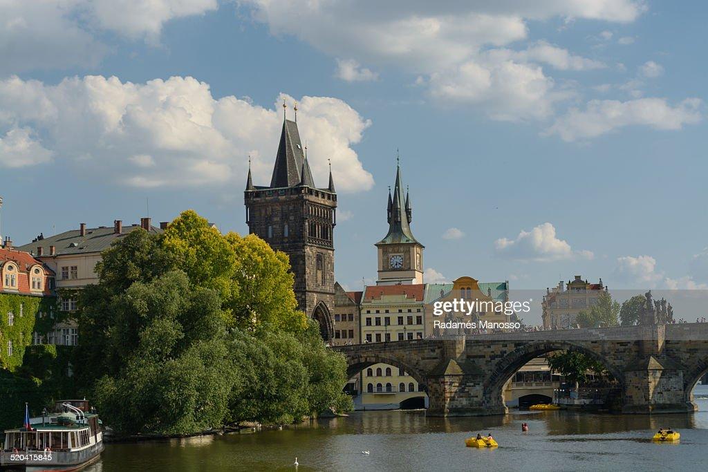 Charles bridge and Tower bridge in Prague : Foto de stock