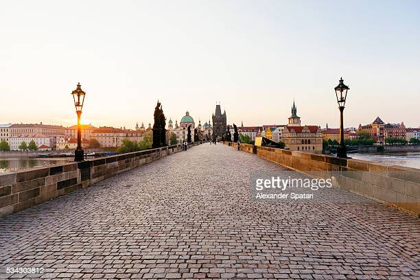charles bridge in prague, czech republic - prag stock-fotos und bilder