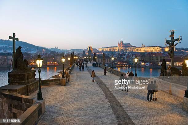 charles bridge, prague, czech republic - vltava river stock pictures, royalty-free photos & images