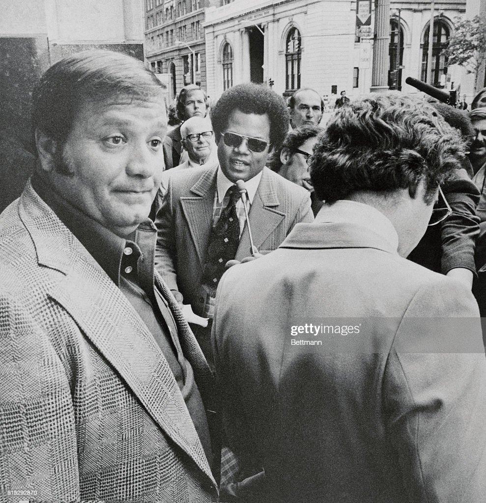 Portrait of Charles O Brien Leaving Court : Nachrichtenfoto