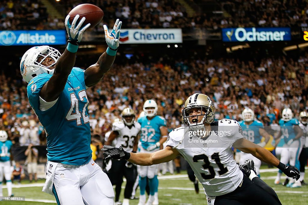 Miami Dolphins v New Orleans Saints : News Photo