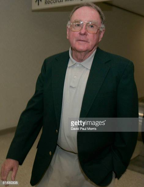 Charles Courtney the golf coach for Scott Peterson leaves after testifying during the Scott Peterson sentencing phase on December 6 2004 at the San...