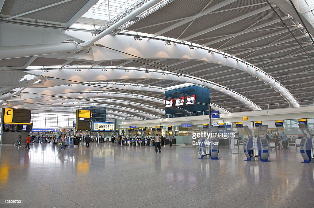 Charles De Gaulle Airport, Paris, Check-in area in Aerogare 2, Terminal 2E, for international departures : Stock Photo