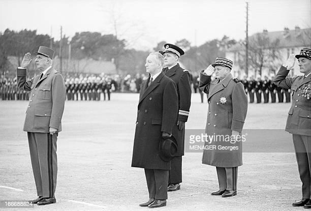 Charles De Gaulle At Naval School In Brest Brest 17 février 1965 Lors d'une visite à l'école militaire navale le général Charles DE GAULLE en...