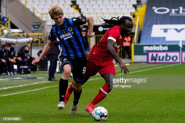 Charles de Ketelaere of Club Brugge, Jordan Lukaku of Royal Antwerp FC during the Belgium Pro League match between Club Brugge and Royal Antwerp FC...