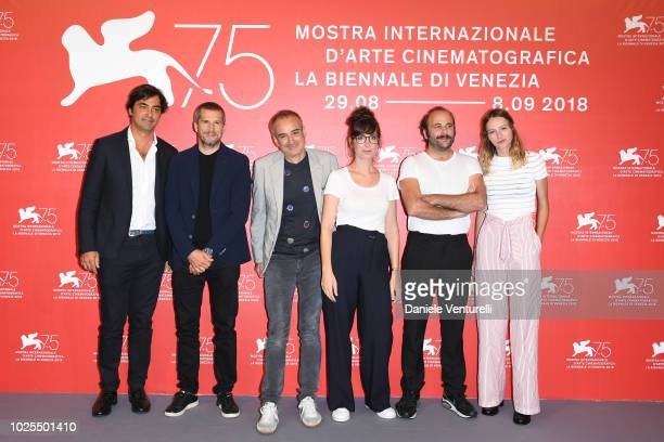 Charles Gillibert Guillaume Canet Olivier Assayas Nora Hamzawi Vincent Macaigne and Christa Theret attend 'Doubles Vies ' photocall during the 75th...