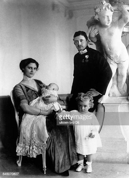 Charles I of Austria *18871922 Emperor of Austria King of Hungary and King of Bohemia from 1916 to 1918 Charles with his wife Zita and theier...