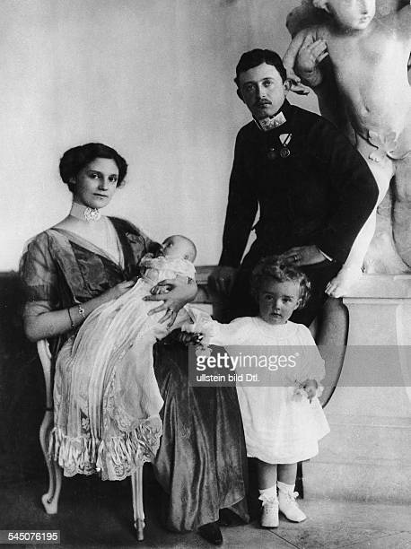 Charles I of Austria, *1887-1922+, Emperor of Austria, King of Hungary and King of Bohemia from 1916 to 1918 - Charles with his wife Zita and theier...