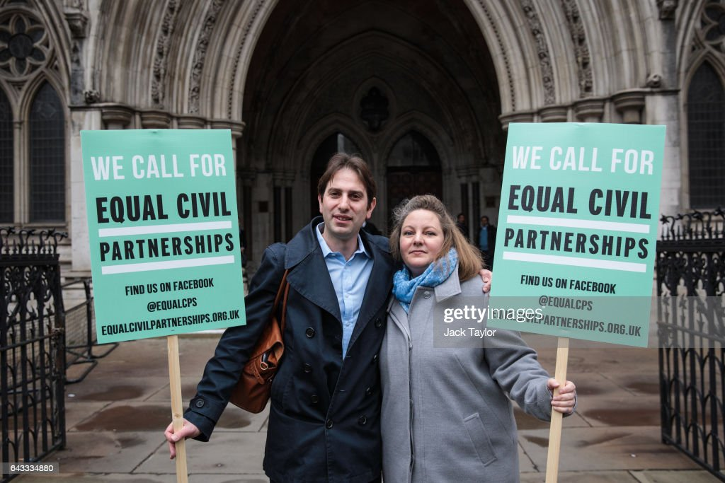 Court Of Appeal Rules On Civil Partnerships For Heterosexual Couples : News Photo