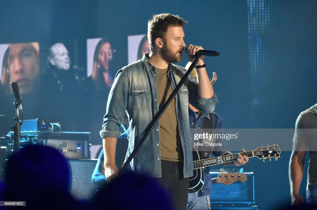 2017 CMT Music Awards - Show : News Photo