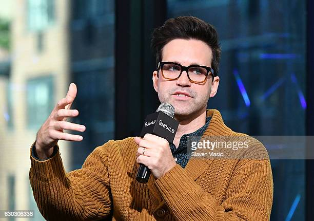 Charles Lincoln 'Link' Neal III of 'Rhett and Link' comedy duoÊvisits AOL BUILD to chat about their upcoming original series 'Rhett and Link's Buddy...